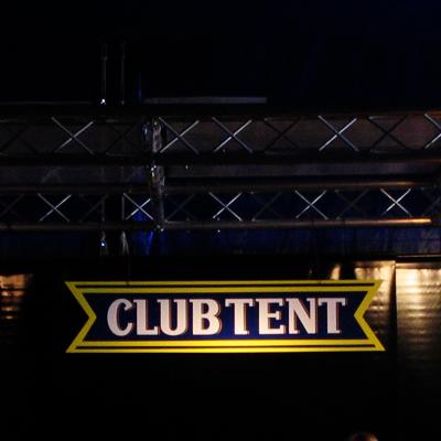 paleo05_club_tentcopie.jpg
